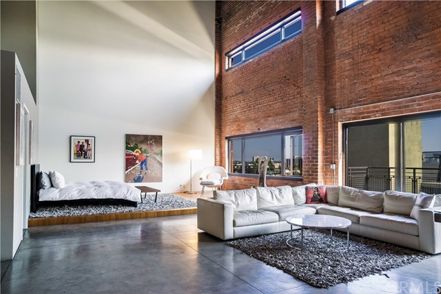 Long Beach Lofts